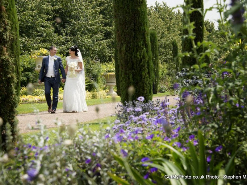 Wedding Photography, Regents Park and the Gherkin by London wedding photographer